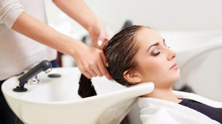 آموزش تصویری کراتینه مو در خانه